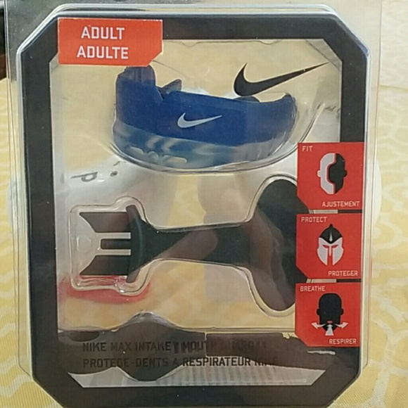 Nike Mouthguard NWT